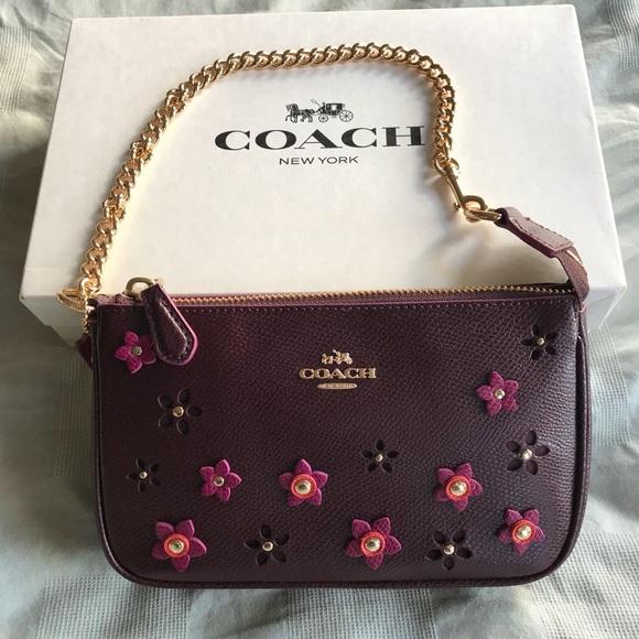 bf3e8690db3 Coach Handbags - NEW! Coach gold chain   flowers large wristlet